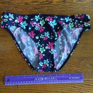 NEW S. OLIVER  SZ 10  NAVY FLOWERED BIKINI BOTTOMS